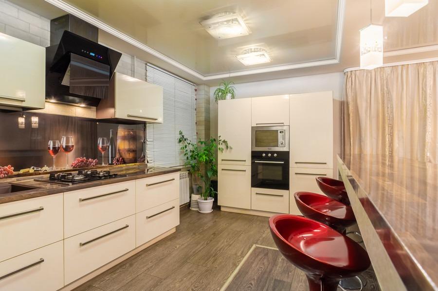 Белый кухонный гарнитур-Кухня из пластика «Модель 2»-фото1