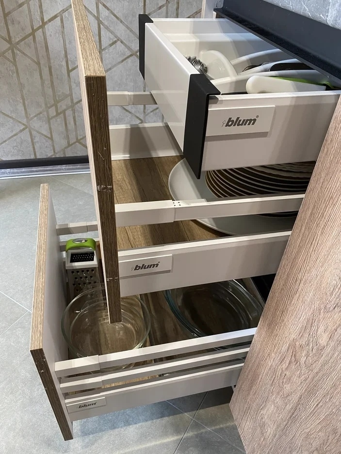 Встроенная кухня-Кухня из пластика «Модель 567»-фото5