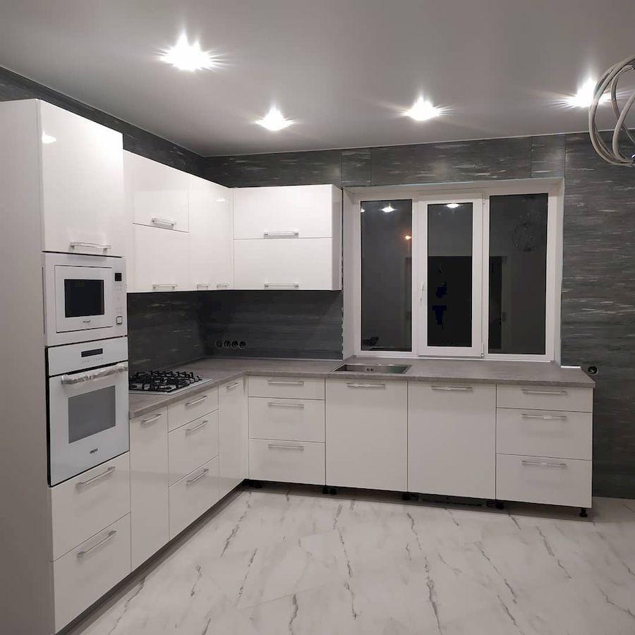 Белый кухонный гарнитур-Кухня МДФ в ПВХ «Модель 669»-фото2