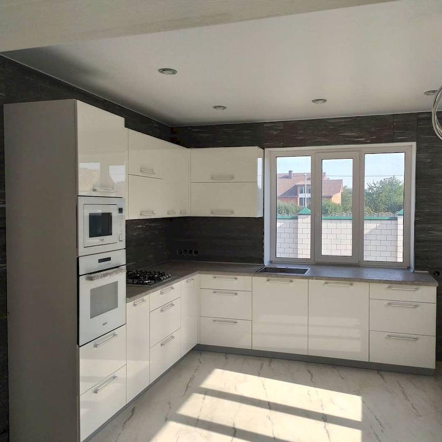 Белый кухонный гарнитур-Кухня МДФ в ПВХ «Модель 669»-фото1